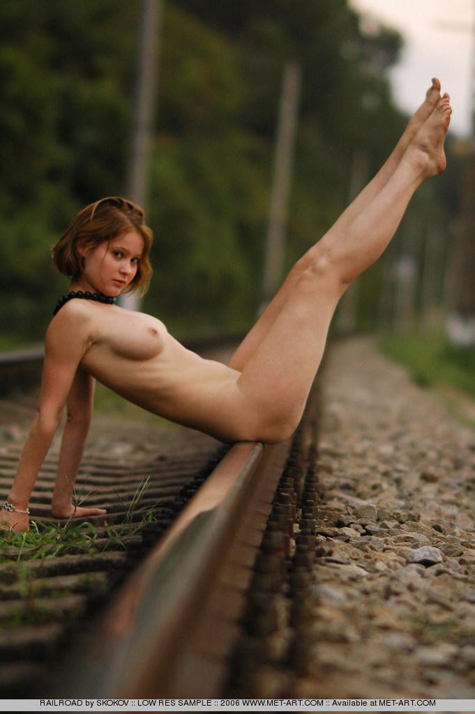 Free Nude Models From Met Art