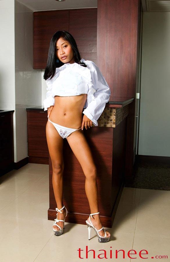 sexy vietnamese girl fucked