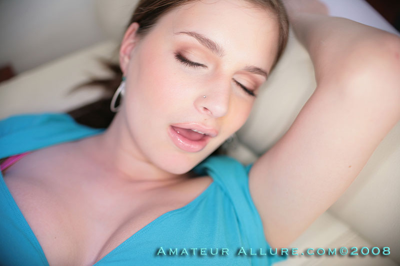 genevieve from amateur allure
