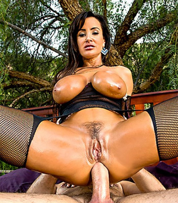 Lisa Ann College Party Free nude pictures and porno videos