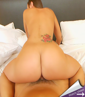 Milf With Big Ass on Mom POV