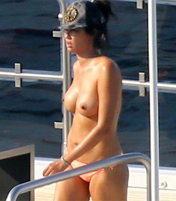 sexy virgin fucked pics