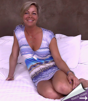 Shy anal milf on mom pov
