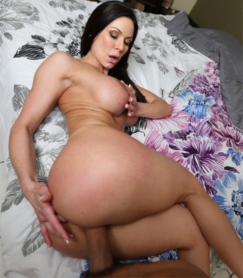 Kendra Lust 3rd Time on Ass Parade
