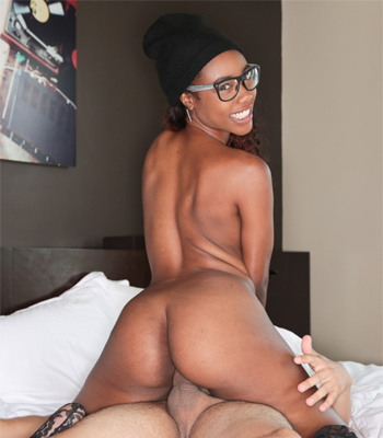 Chanell Heart on Teeny Black