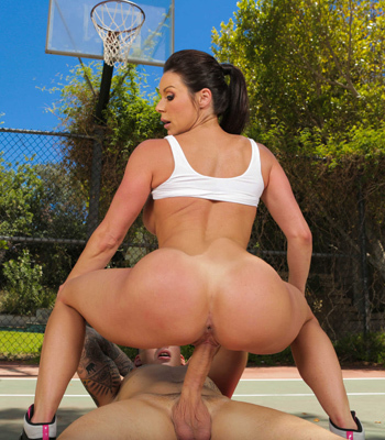 Kendra Lust Has Game