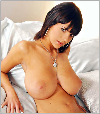 Gabriela from DDFBusty