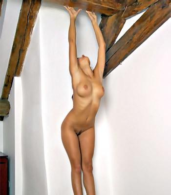 MC-Nudes Berkie