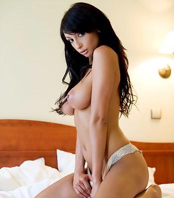 MC-Nudes Anna