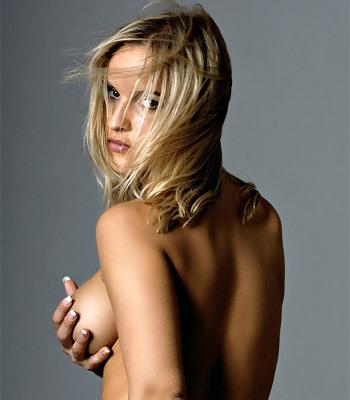 MC-Nudes Amanda
