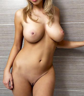 Busty Sabina