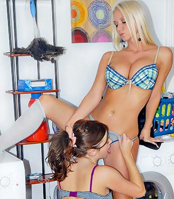 Molly Cavalli with Taylor Vixen