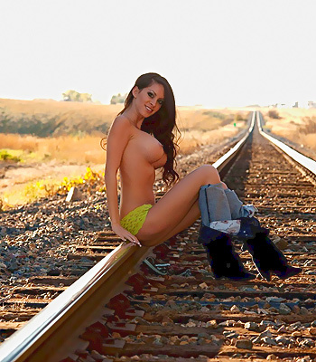 Train track hottie