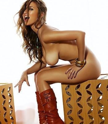 Tan line on fat naked girls, myleene klass vibrator purchase