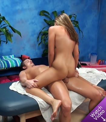 Lizzy Massage Room Seduction