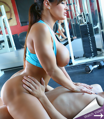 Lisa Ann Workin It
