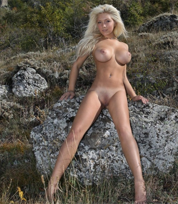 Femjoy model busty blonde marilyn