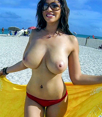 Hot sexy boobs babes